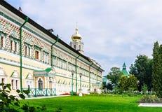 Βασιλικές αίθουσες Τριάδα-Sergius Lavra τριάδα του ST sergius της Ρωσίας μοναστηριών posad sergiev χειμώνας της Ρωσίας περιοχών κ Στοκ φωτογραφία με δικαίωμα ελεύθερης χρήσης