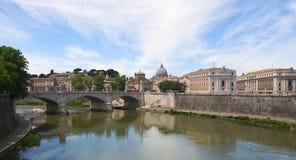 Βασιλική Άγιος Peter - πόλη του Βατικανού - Ρώμη - Ιταλία Στοκ εικόνες με δικαίωμα ελεύθερης χρήσης