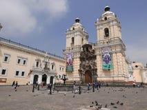 Βασιλική και μοναστήρι του Σαν Φρανσίσκο στη Λίμα στοκ εικόνα