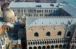 Βασιλική του σημαδιού του ST και το Doge παλάτι, Βενετία, Ιταλία Στοκ Εικόνες