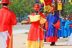 Βασιλική φρουρά της Κορέας σε Gwanghwamun, παλάτι Gyeongbokgung στοκ φωτογραφία