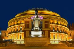 Βασιλικός Αλβέρτος Hall & μπλε ώρα στοκ εικόνες