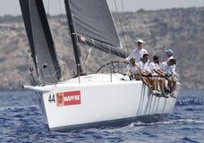 Βασιλικός βασιλιάς Felipe της Ισπανίας που πλέει με τη βάρκα πανιών Aifos Στοκ Εικόνες