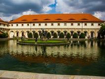 Βασιλικό Κάστρο της Πράγας κήπων Στοκ Εικόνες