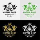 Βασιλικό πρότυπο λογότυπων καφέ με τη CREST λιονταριών Στοκ Φωτογραφίες