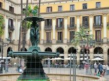 Βασιλικό τετράγωνο (Placa Reial) στη Βαρκελώνη Στοκ φωτογραφίες με δικαίωμα ελεύθερης χρήσης