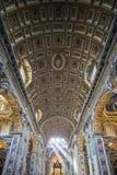 Εσωτερικό του καθεδρικού ναού του ST Peter, πόλη του Βατικανού. Ιταλία Στοκ Εικόνα