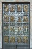 Βατικανό Η ιερή πόρτα Στοκ φωτογραφία με δικαίωμα ελεύθερης χρήσης