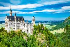 Βαυαρία κάτω από την όψη της Γερμανίας κάστρων neuschwanstein ευρέως Στοκ Φωτογραφίες