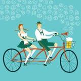 Βαυαρικός ποδηλάτης ζευγαριού κινούμενων σχεδίων με την μπύρα Στοκ Εικόνα