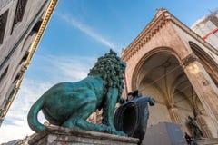 Βαυαρικό λιοντάρι στο odeonsplatz, Μόναχο Στοκ Εικόνες