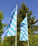 Βαυαρικό μπλε λευκό εμβλημάτων σημαιών Στοκ Φωτογραφία