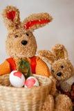 Βαφή αυγών Πάσχας Στοκ εικόνα με δικαίωμα ελεύθερης χρήσης