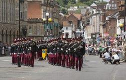 Βαδίζοντας βρετανικοί στρατιώτες στο Winchester Αγγλία UK Στοκ Εικόνες