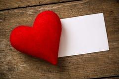 βαλεντίνος καρτών s ημέρας Υφαντικό παλαιό έγγραφο καρδιών Στοκ φωτογραφία με δικαίωμα ελεύθερης χρήσης