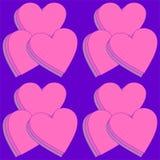 Βαλμένες σε στρώσεις καρδιές στην πορφύρα σε ένα άνευ ραφής σχέδιο Στοκ εικόνα με δικαίωμα ελεύθερης χρήσης