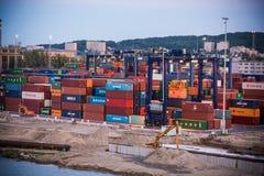 Βαλτικό τερματικό εμπορευματοκιβωτίων στο Gdynia Στοκ εικόνα με δικαίωμα ελεύθερης χρήσης