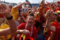Βελγικοί οπαδοί ποδοσφαίρου που τραγουδούν στο στάδιο Αγίου Πετρούπολη κατά τη διάρκεια του Παγκόσμιου Κυπέλλου Ρωσία 2018 της FI Στοκ Φωτογραφία