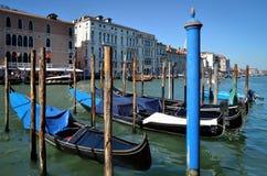 Βενετία, γόνδολες πέρα από το μεγάλο κανάλι Στοκ Φωτογραφία