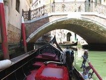20 06 2017, Βενετία, Ιταλία: Άποψη από τη γόνδολα στο ιστορικό buildin Στοκ φωτογραφίες με δικαίωμα ελεύθερης χρήσης