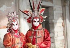 Βενετία, Ιταλία - 5 Φεβρουαρίου 2018: άνθρωποι στο κοστούμι με αρχαίο Στοκ Φωτογραφία