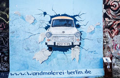 ΒΕΡΟΛΙΝΟ, ΓΕΡΜΑΝΙΑ 15 Οκτωβρίου 2014: Το τείχος του Βερολίνου ήταν ένα εμπόδιο con Στοκ φωτογραφίες με δικαίωμα ελεύθερης χρήσης