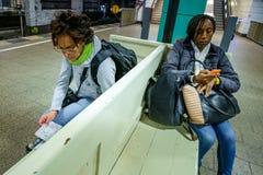 ΒΕΡΟΛΙΝΟ, ΓΕΡΜΑΝΙΑ - 22 ΣΕΠΤΕΜΒΡΊΟΥ 2015: Υπόγειο τρένο στο Anhalt Στοκ εικόνα με δικαίωμα ελεύθερης χρήσης