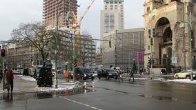 ΒΕΡΟΛΙΝΟ - ΓΕΡΜΑΝΙΑ, στις 8 Ιανουαρίου 2016, κυκλοφορία στην περιοχή Σαρλότεμπουργκ του Βερολίνου απόθεμα βίντεο