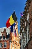 Βελγικές, ευρωπαϊκές και σημαίες της Μπρυζ Στοκ Εικόνες