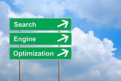Βελτιστοποίηση μηχανών SEO ή αναζήτησης στο πράσινο οδικό σημάδι Στοκ Εικόνες