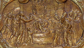 Βιέννη - ανακούφιση από το μπαρόκ δευτερεύον παρεκκλησι του ST Francis Xavier στην μπαρόκ εκκλησία του ST Annes Σκηνή από τη ζωή  Στοκ Εικόνες