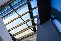 Βιέννη, Αυστρία 2 03 2019 Βιβλιοθήκη του οικονομικού πανεπιστημίου Σύγχρονο κτήριο μέσα στοκ φωτογραφίες με δικαίωμα ελεύθερης χρήσης