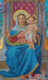 Βιέννη - μωσαϊκό γυαλιού Madonna από Schottenkirche από το Michael Riese από τα έτη 1883 - 1889 Στοκ Εικόνα