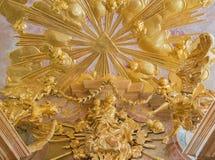 Βιέννη - πολύχρωμο μπαρόκ άγαλμα Madonna από το δευτερεύον παρεκκλησι της εκκλησίας του ST Annes Στοκ Φωτογραφίες