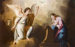 Βιέννη - το Annunciation χρώμα στο πρεσβυτέριο της εκκλησίας Salesianerkirche από το Giovanni Antonio Pellegrini (1725-1727) Στοκ Εικόνες