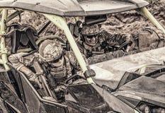 Βιασύνη καταδρομέων στο όχημα γρήγορης επίθεσης στην έρημο Στοκ Εικόνες