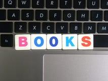Βιβλία λέξης στο υπόβαθρο πληκτρολογίων Στοκ εικόνα με δικαίωμα ελεύθερης χρήσης