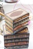 Βιβλίο με τη διακοσμητική κάλυψη anice Στοκ φωτογραφίες με δικαίωμα ελεύθερης χρήσης