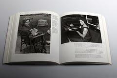 Βιβλίο φωτογραφίας από το Nick Yapp, ραδιο-ελεγχόμενος χορτοκόπτης το 1959 στοκ εικόνα με δικαίωμα ελεύθερης χρήσης