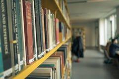 Βιβλιοθήκη στο πανεπιστήμιο της Κοπεγχάγης στοκ εικόνες