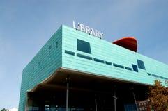 βιβλιοθήκη σύγχρονη Στοκ εικόνες με δικαίωμα ελεύθερης χρήσης