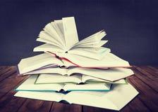 βιβλία ανοικτά Στοκ Εικόνα