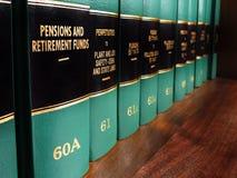 Βιβλία νόμου στις συντάξεις και τα ταμεία σύνταξης Στοκ Φωτογραφία