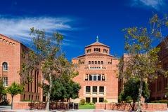 Βιβλιοθήκη Powell στην πανεπιστημιούπολη UCLA Στοκ Φωτογραφίες