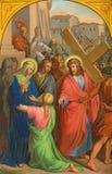 ΒΙΕΝΝΗ, ΑΥΣΤΡΙΑ - 19 ΔΕΚΕΜΒΡΊΟΥ 2016: Η χρωματίζοντας Βερόνικα σκουπίζει το πρόσωπο του Ιησού στην εκκλησία kirche ST Laurenz Στοκ Εικόνα