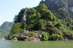 Βιετνάμ - ο Βορράς - Trang - μεγαλοπρεπές καρστ ασβεστόλιθων Στοκ φωτογραφίες με δικαίωμα ελεύθερης χρήσης