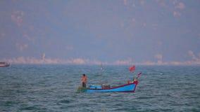 Βιετναμέζικα αλιευτικά σκάφη Θαλασσών της Νότιας Κίνας φιλμ μικρού μήκους