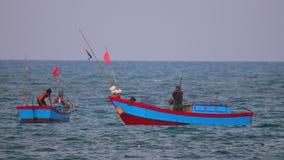 Βιετναμέζικα αλιευτικά σκάφη Θαλασσών της Νότιας Κίνας απόθεμα βίντεο