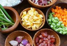 Βιετναμέζικα τρόφιμα, τηγανισμένο ρύζι, ασιατική κατανάλωση Στοκ εικόνα με δικαίωμα ελεύθερης χρήσης
