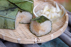 Βιετναμέζικα τρόφιμα, Tet, banh chung, παραδοσιακά τρόφιμα Στοκ Φωτογραφία